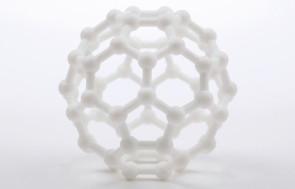 Modèle BuckyBall imprimé en polyamide. (Source : Mr Nöt pour Sculpteo)
