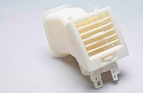 Prototype de pièce de ventilation automobile imprimé avec le matériau High Temperature d'Objet. (Source : Objet)
