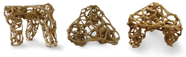 Structures imprimées avec Stone Spray à l'aide de sable de plage. (Source : Petr Novikov, Inder Shergill et Anna Kulik – Institute for Advanced Architecture of Catalonia)